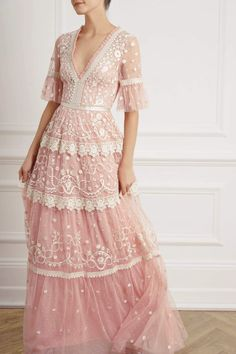 Get inspired and discover Needle & Thread trunkshow! Shop the latest Needle & Thread collection at Moda Operandi. Sequin Midi Dress, Sequin Gown, Boho Chic, Ballerina Dress, Victorian Lace, Dress With Bow, Embroidered Lace, Needle And Thread, Fitted Bodice
