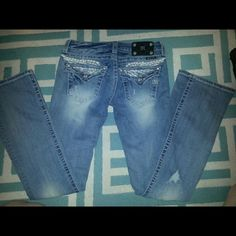 """Miss me jeans NEW size 27, 34"""" Miss me jeans, new, size 27, angel wing backs.. never worn! Pay.p excepted, leave email bellow to discuss that lower pricing!! :) Miss Me Jeans"""