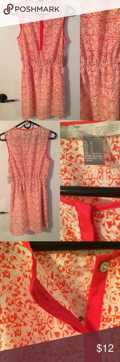 Forever 21 Dress Brand new, never worn. Has a built in slip in the bottom of the dress. Let me know if you have any questions :) Forever 21 Dresses