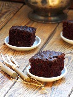 smakołyki alergika: przepyszne ciasto cukiniowe z opcją bezglutenową i bezjajeczną