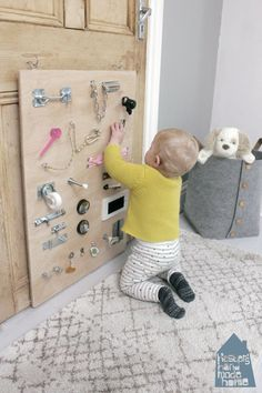 How to make a baby busy board — Hester's Handmade Home – Activity Board Selber Machen - Water How to make a baby busy board — Hester's Handmade Home - Activity Board Selber Machen - Baby Sensory Board, Toddler Activity Board, Baby Sensory Play, Baby Play, Sensory Wall, Sensory Boards, Diy Busy Board, Busy Board Baby, Toddler Busy Board