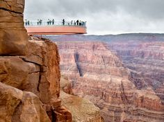 Arizona Grand Canyon Skywalk | Picture of people on glass skywalk over Grand Canyon
