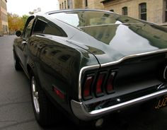Bullitt replica Zero to 60 garage. This is one of my favorite angles of the '68 fastback roofline.