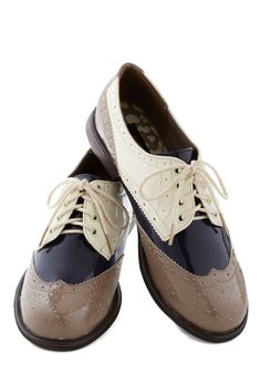 Era of Individuals Flat in Taupe | Mod Retro Vintage Flats | ModCloth.com