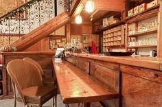 Restaurant or cafe interior