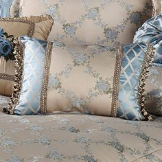 Blooming Treillage Floral Daybed Set Bedding