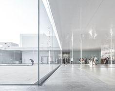 21st Century Museum