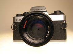 Rolleiflex SL35 w/Zeiss lens