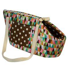 Bolsa Transporte Diamond Dog & Home - Feita em poliéster com tricoline de ótima qualidade e acabamento acolchoado; Perfeita para passeios, viagens e aventuras com o Pet; Fechamento em zíper com fecho interno para prender a coleira; Almofada interna removível, fácil de lavar e bolso lateral, perfeito para colocar pequenos acessórios; MeuAmigoPet.com.br #petshop #cachorro #cão #meuamigopet