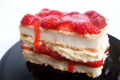 strawberry & meringue cream cake...