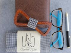 Trending bow tie / Wooden bow tie / Man gift / by UNOWoodStore