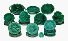 Green trend of the moment - Cabbage tableware - The Chromologist