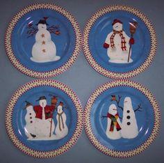 DEBBIE-MUMM-SNOWMAN-SALAD-PLATES-4-NEW-BOX-CHRISTMAS-HOLIDAY-WINTER