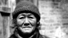 Old people of the World Morphing. Music: Karpa and Jo Stals Morphing: Drakre52. Film: https://vimeo.com/137489006 album: https://nl.pinterest.com/Drakre52/old-people-of-the-world/. More films: https://drakre52.jimdo.com/