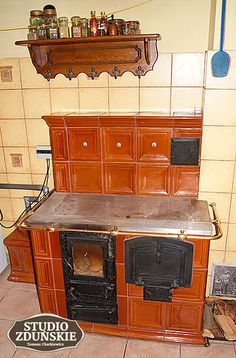 Wall Oven, Kitchen Appliances, Bushcraft, House, Garden, Projects, Outside Wood Stove, Diy Kitchen Appliances, Log Projects