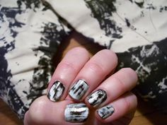 Fashion Obsession: DIY Tie-dyed Nails