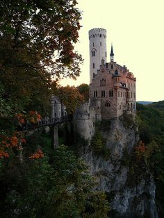 Lichtenstein Castle, situated on a cliff in the Swabian Jura, Germany. The castle that influenced Rapunzel Places To Travel, Places To See, Travel Destinations, Beautiful World, Beautiful Places, Beautiful Castles, Places Around The World, Around The Worlds, Lichtenstein Castle