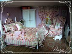 Lissun nukkekoti, Lissu's dollhouse: Vihreän talon makuuhuone/Bedroom