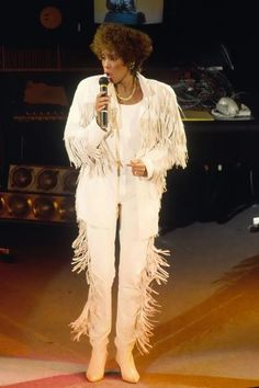 Whitney Houston performing live at the 1989 BPI Awards held at the Royal Albert Hall. London, England Febr. 1989