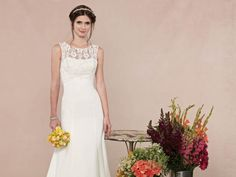Style GA2226 / Gallery Collection / by Ella Rosa / Available Colours : Ivory, White (close up)