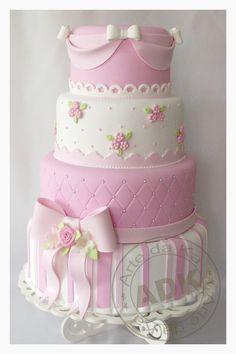 bolo-rosa-e-branco.jpg (850×1275)