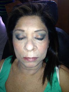 Maquillaje para llevar de tarde o de noche