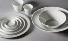Would love these ceramics for everyday! Ensemble à dîner Bulles www.porcelainesbousquet.com
