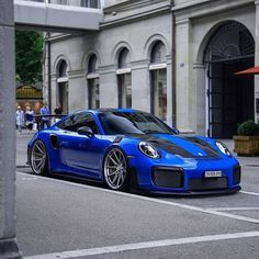 Luxury Sports Cars, Exotic Sports Cars, Best Luxury Cars, Sport Cars, Cayman Porsche, Porsche 911 Gt2 Rs, Porsche Carrera, Porsche Girl, Porsche Sports Car