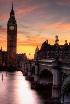 Big Ben, London, England (45 photos): big ben at dusk