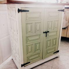Mueble castellano for the home pinterest chalk paint for Mueble castellano restaurado