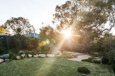Woolooware Australian Garden Design, Australian Native Garden, Garden Posts, Side Garden, Back Gardens, Outdoor Gardens, Indoor Outdoor, House Extension Design, Garden Landscape Design