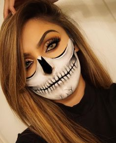 Not sure who she is but her skull make up is dope. And using her eyebrows as reference. Halloween Makeup Sugar Skull, Amazing Halloween Makeup, Clown Makeup, Halloween Looks, Costume Makeup, Diy Halloween, Halloween Costumes, Halloween Stuff, Vintage Halloween