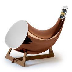 en&is: Megaphone iPhone Amplifier Coppr