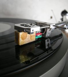 Koetsu Coral Stone and Arche headshell mounted on an SME 3012 Series 1 (A) and Audio Grail Garrard 301