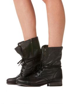 Steve Madden Boots, Troopa Combat Boot in Black. JUST PURCHASED.