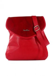 Bandolera de cuero argentino diseño por Cira Perez. Disponible en http://veski.cl  Leather handbag