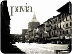 Pavia, piazza della Vittoria