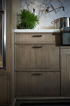 rift sawn white oak cabinets. by lilly rift sawn white oak cabinets. by lilly Doors Interior, White Oak Kitchen, Interior Design, Wood Doors Interior, Interior, Oak Kitchen Cabinets, Cabinet Door Styles, Oak Kitchen, Contemporary Kitchen