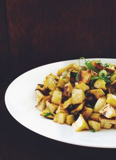 A fresh, seasonal take on home fries! Caramelized and roasted parsnips mixed with fresh garlic chives are the perfect addition to a spring breakfast.