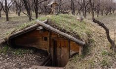 www.facebook.com/selfsufficientdreams A collection of articles on Off Grid… #gardenplanningideasarticles