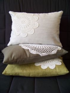 sew pretty lace doilies onto plain cheap pillows! maybe could also dye the doilies if you wanted color? Now I have a use for the doilies I got when my grandma passed away. Sewing Pillows, Diy Pillows, Decorative Pillows, Throw Pillows, Cheap Pillows, Pillow Ideas, Lace Pillows, Cushion Ideas, Crochet Cushions