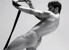 Stefano De Martino nudo sexy e conturbante: le immagini - Foto e Gossip by Gossip News