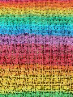 Rainbow Spiderweb Crochet Afghan on Craftster by Babukatorium
