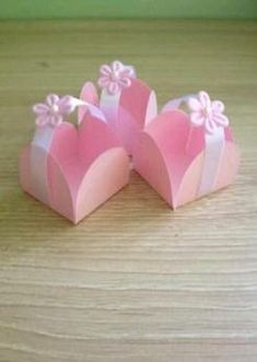 Baby shower ides recuerdos souvenirs 39 New Ideas Kids Crafts, Easter Crafts, Diy And Crafts, Baby Shawer, Baby Shower Decorations, Paper Flowers, Diy Gifts, Favors, Gift Wrapping