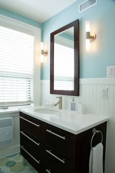 really liking how beadboard looks in these smaller bathrooms....
