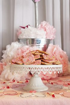 Pink_white_theme_Lolly_Bar_girl's_party_lolly_buffet