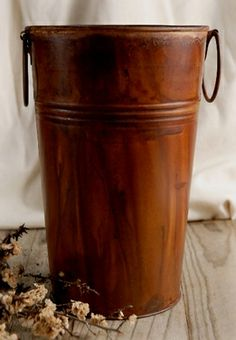 French Flower Market Buckets Stained Rust Finish Metal with handles Wood Planter Box, Wood Planters, Paper Lantern Lights, Paper Lanterns, Rustic Centerpieces, Centerpiece Decorations, Galvanized Buckets, Galvanized Metal, Old Milk Cans