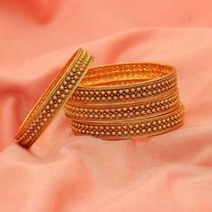 Markings For Gold Jewelry Gold Bangles Design, Gold Jewellery Design, Antique Jewellery, Gold Bangle Bracelet, Silver Bracelets, Jewelry Bracelets, Gold Temple Jewellery, Gold Jewelry, Jewlery