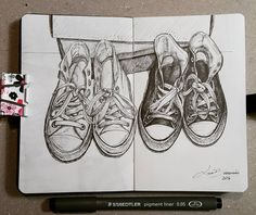 Lidia Barragán. #sketch #dibujo #drawing #cuaderno #cansonsketchbook #canson180 #steadtler #fineliner #fineline #converse #allstar #tenis Moleskine, Canson Sketchbook, All Star, Sketchbooks, Journals, Cool Art, Charcoal, Converse, Arts And Crafts