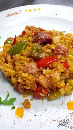 Spanish Cuisine, Spanish Food, Broccoli Fritters, Savoury Dishes, Empanadas, Pasta, Risotto, Bacon, Recipies